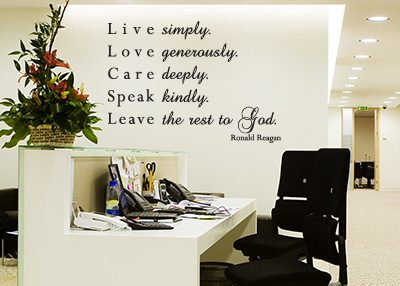 Live Simply Vinyl Wall Statement